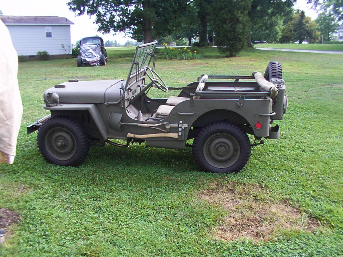 1942 GPW Ford Military Jeep http://motorcyclepictures.faqih.net/motorbike/1942-ford-army-jeep