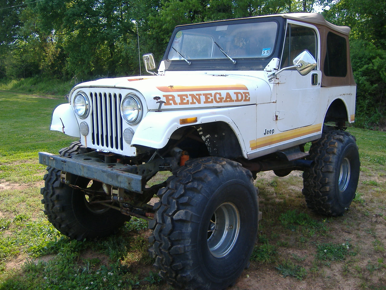 1981 Jeep CJ-7, 351W engine, new body, sports cage, Powder coated frame......